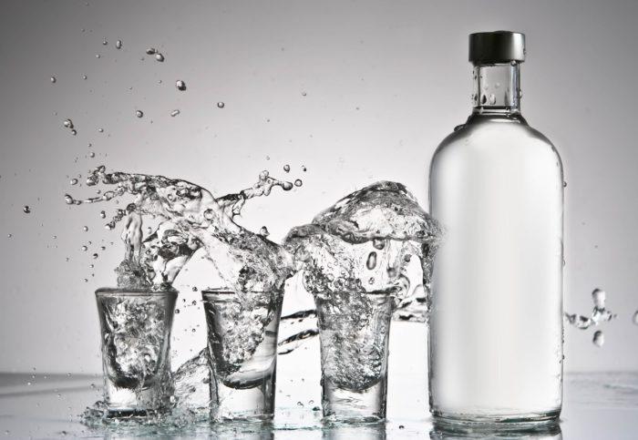 Вода с водкой для лечения кур