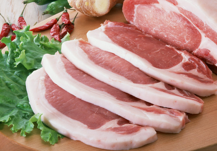 Мясо содержит много жира